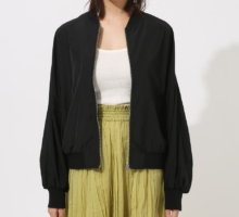 VOLUME SLEEVE SHORT BLOUSON